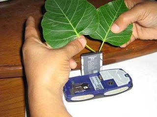Most Amazing facts - Charge mobile without Charger